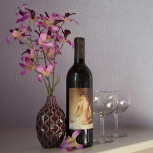 flowers-wine-bottle-glasses